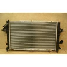 Радиатор Охлаждения Опель Астра H Зафира 1.6 1.8 мех .Акпп 353028H